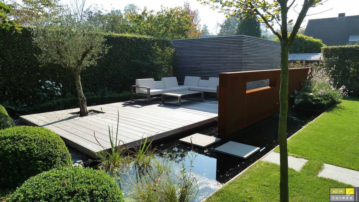 Moderne Strakke Tuin Cortenstaal Roest Wand Schutting 2